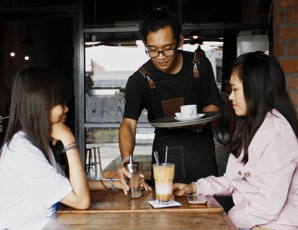 Tempat Ngopi di Semarang – Kedai Kopi Sruput